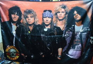 GUNS N' ROSES Band 1 FLAG BANNER CLOTH POSTER WALL TAPESTRY